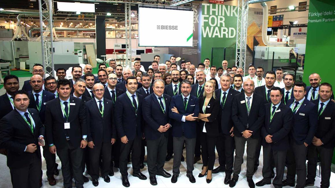 Biesse Türkiye, Tüyap Fuarı'nın etkileyici sonuçlarının da gösterdiği gibi, büyümeye ve endüstri standartlarını aşmaya devam ediyor: Photo 1