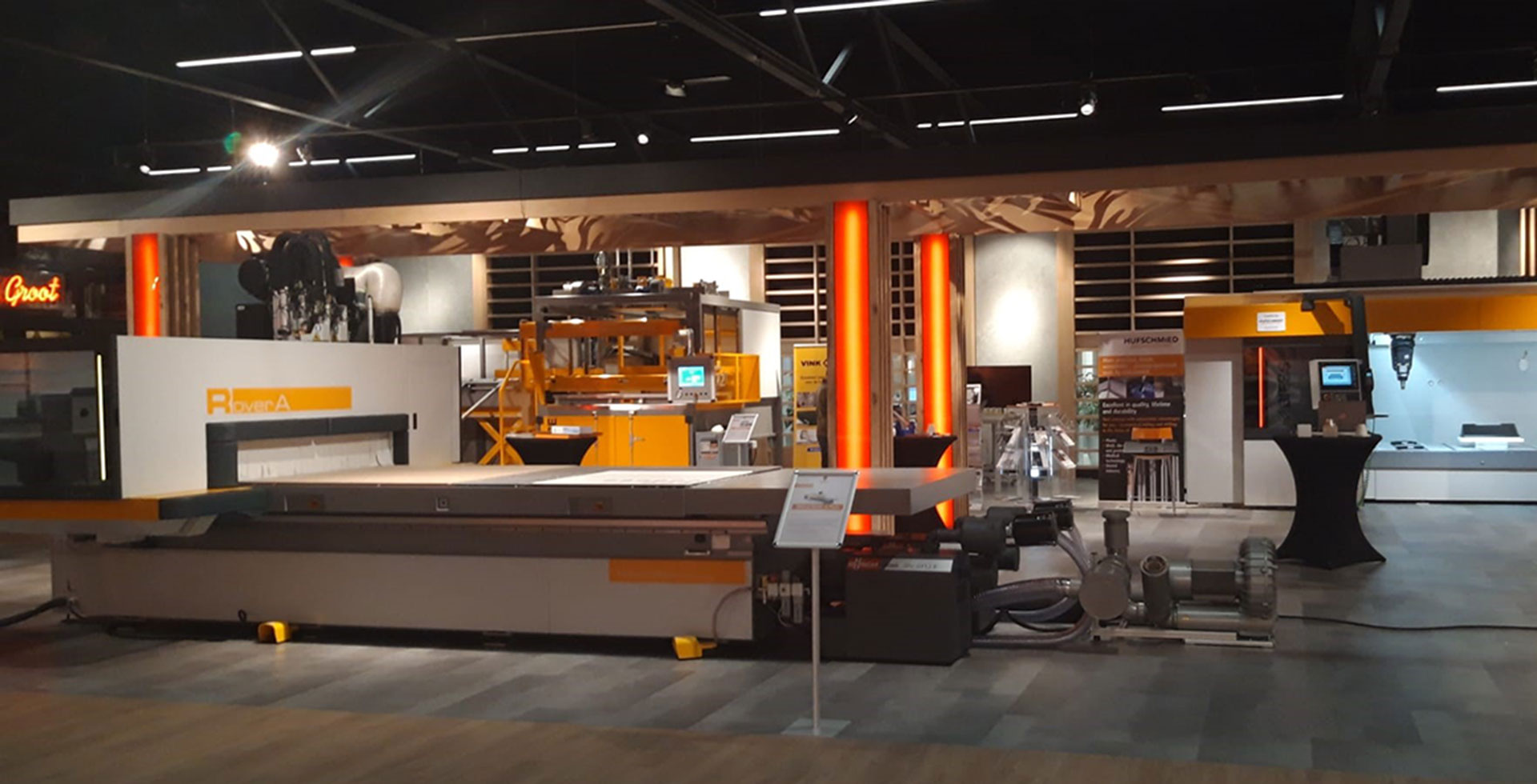 A new 16,000 square meter showroom for our Dutch dealer De Groot: Photo 1