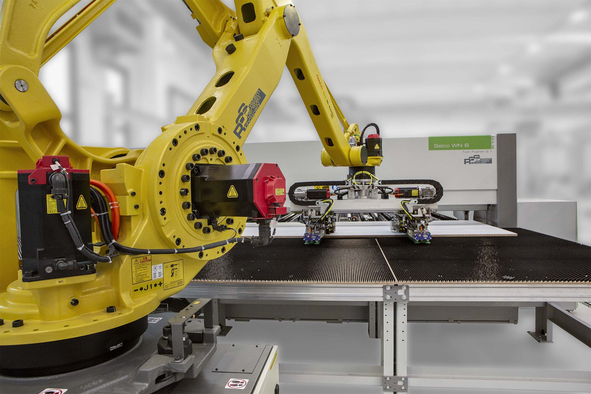 RISE OF THE ROBOTS: Photo 1